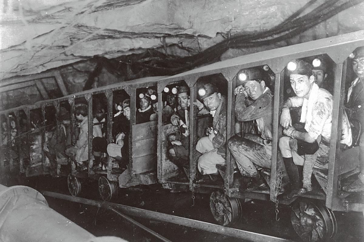 三井三池炭鉱の画像 p1_37
